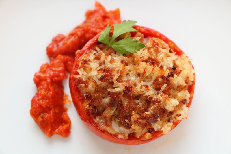 Comtoise stuffed tomatoes