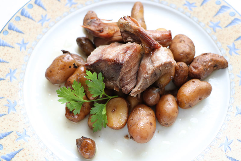 Pork roast with herbs