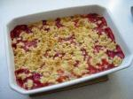 [Strawberry and rhubarb crumble]