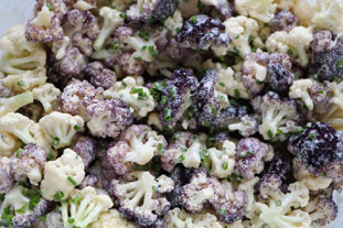 Two-colour cauliflower salad